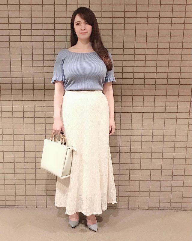 【全身GUコーデ】GUのマーメイドスカートを使用した上品レディぽっちゃりコーデ