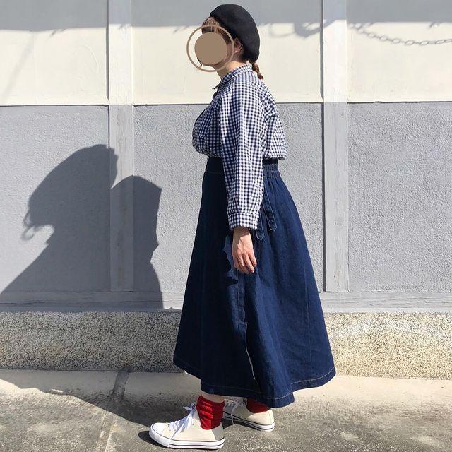 【リブインコンフォート】ロングのデニムスカートを活用したメリハリコーデ